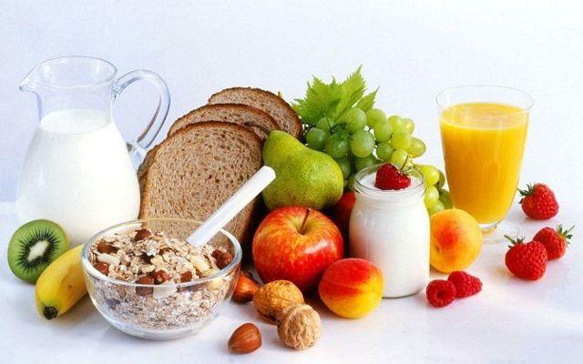 Как улучшить пищеварение и обмен веществ: основные принципы, продукты и препараты
