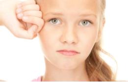Тошнота и рвота на нервной почве: признаки и методы лечения