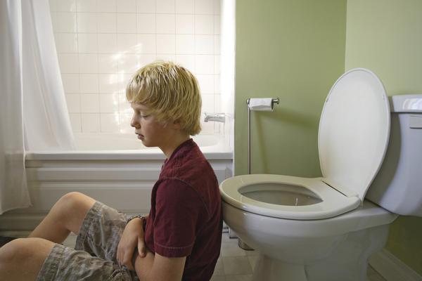 Непереваренная пища в кале у ребенка: причины и лечение патологии