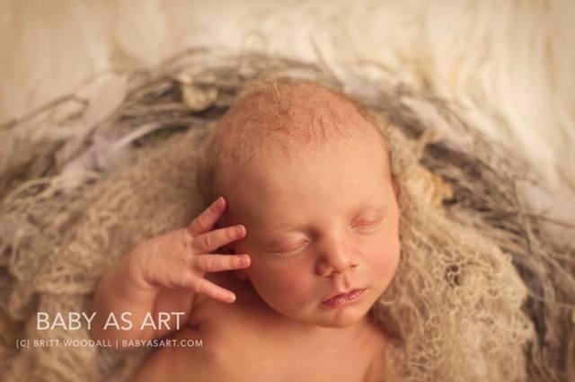 Меконий у новорожденных: время выхода, норма и патология