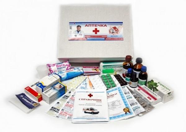 Аптечка путешественника: список необходимых препаратов