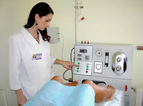Гидроколоноскопия кишечника: суть, подготовка и проведение процедуры