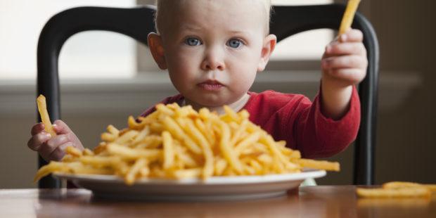 Слизь в кале у ребенка: причины, норма и отклонения