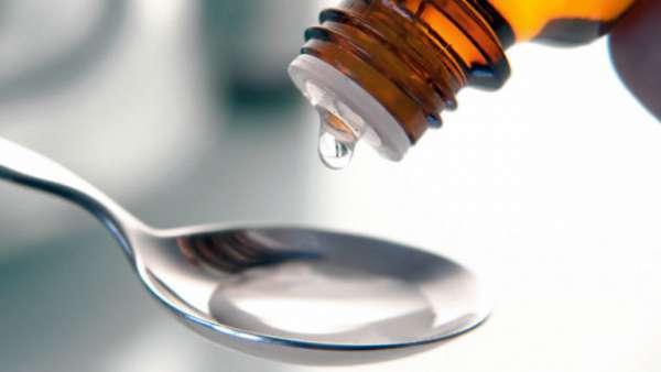 Применение вазелинового масла при запорах: пошаговая инструкция