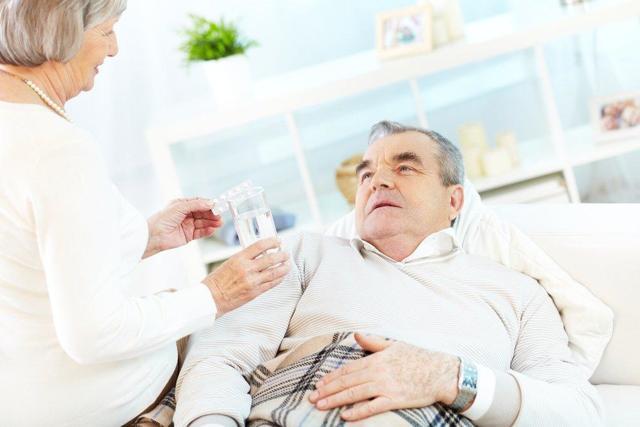 Слизь в кишечнике: причины, диагностика и лечение
