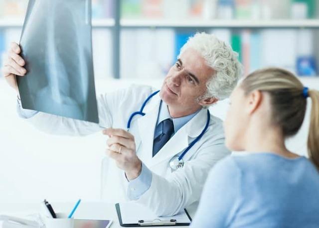 Свищ прямой кишки: причины образования, симптомы и методы лечения