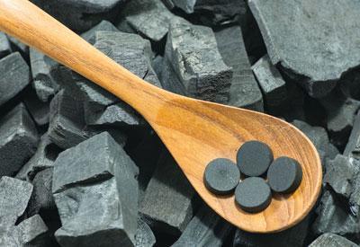 Как принимать активированный уголь при отравлении: инструкция