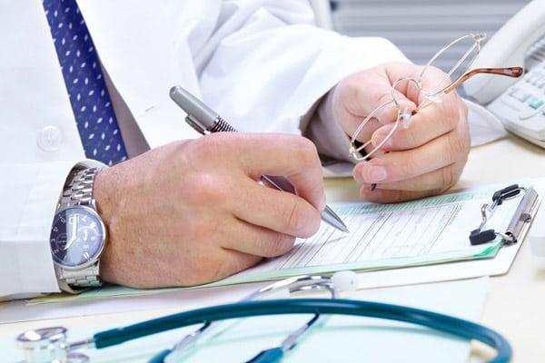 Повышенное образование газов в кишечнике и методы лечения недуга