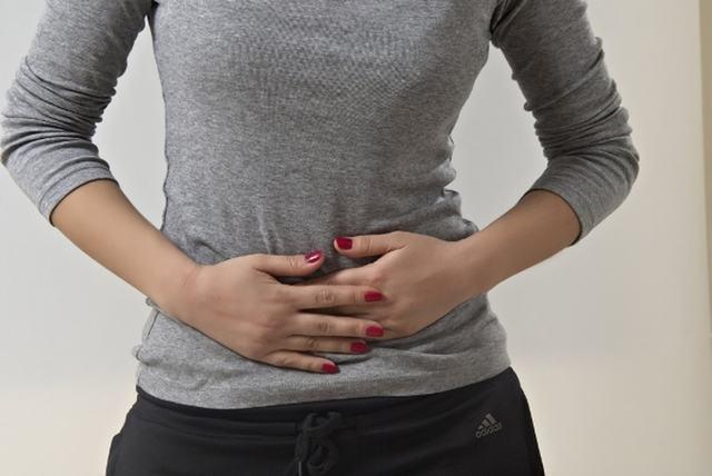 Тяжесть внизу живота: причины, варианты нормы и патологии