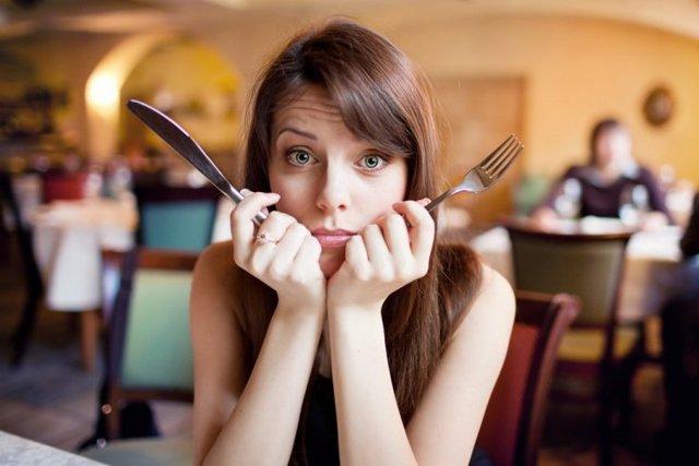 Как правильно вести себя после сытного обеда?