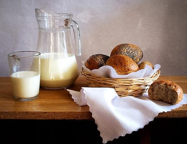 Однодневный кефир: его польза для здоровья и приготовление в домашних условиях